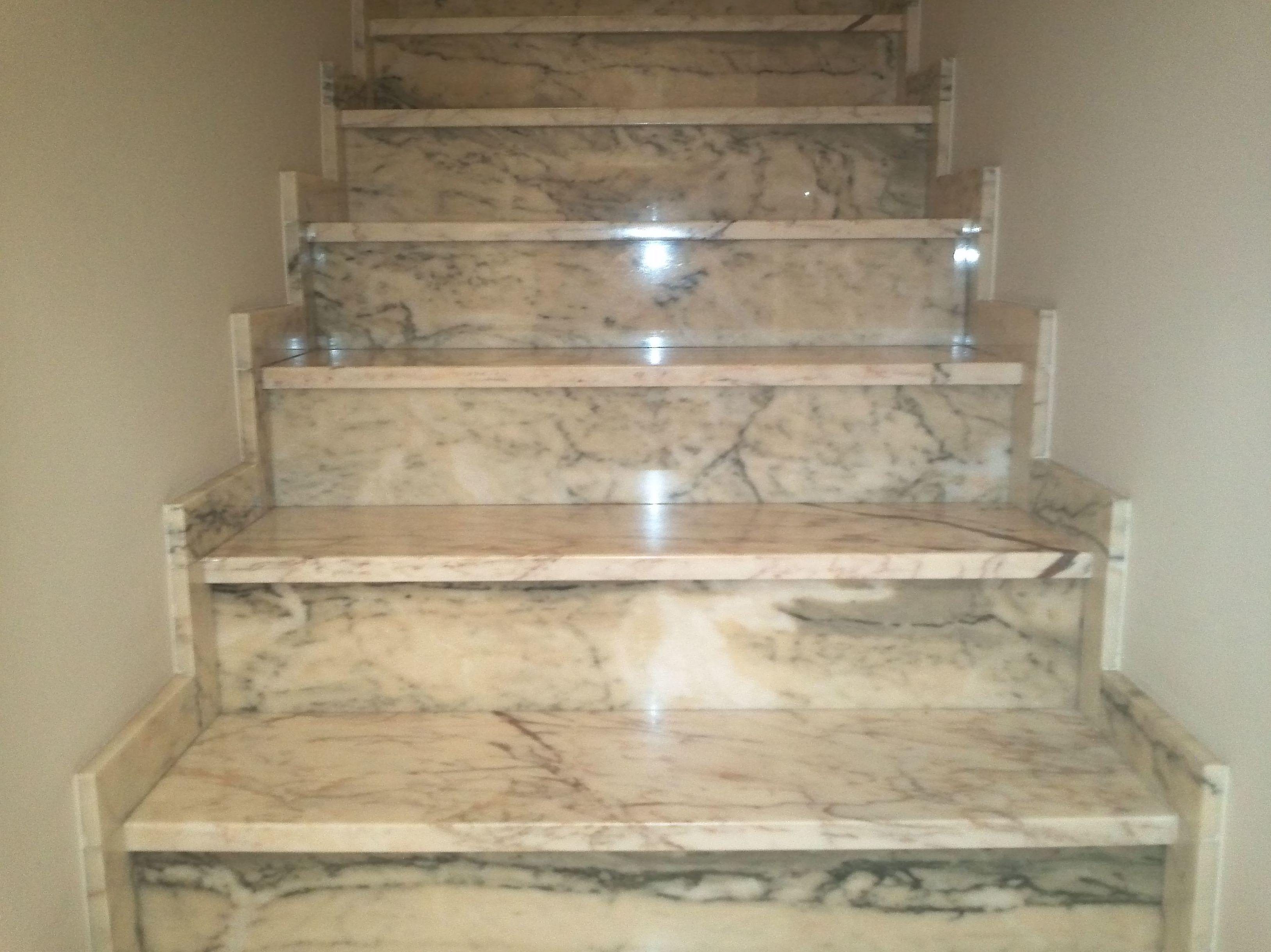 Fachadas escaleras trabajos varios - Peldanos de marmol ...