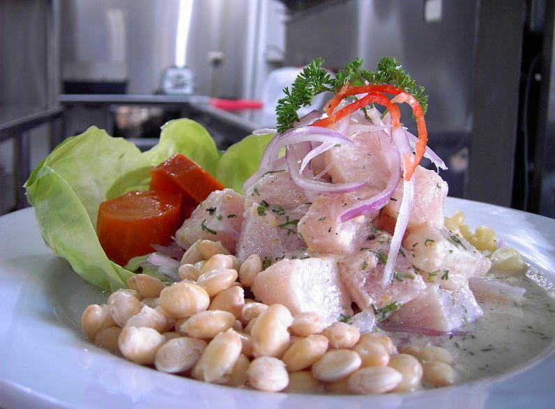 Comida latina: Servicios de El Rincón Salvaje
