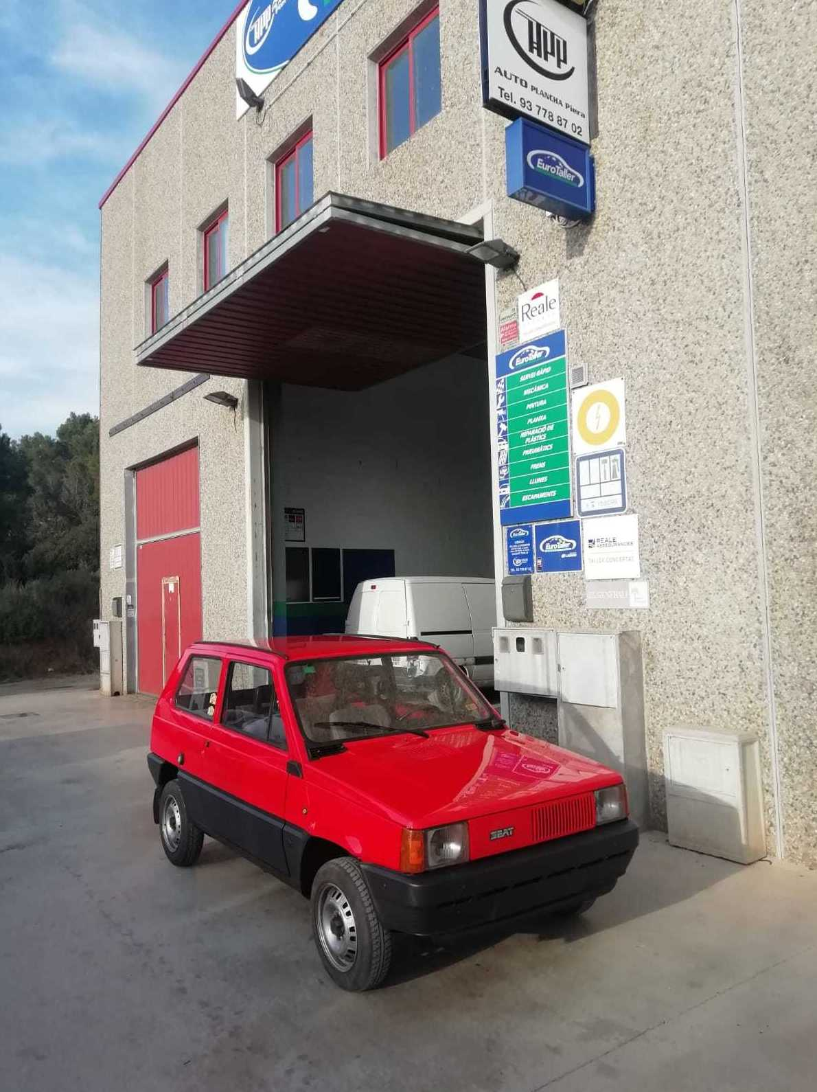 Restauracion Seat panda  en Barcelona Auto Plancha Piera