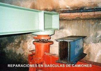 Básculas de camiones: Servicios de Básculas y refractómetros Barrilero y García, S.L.
