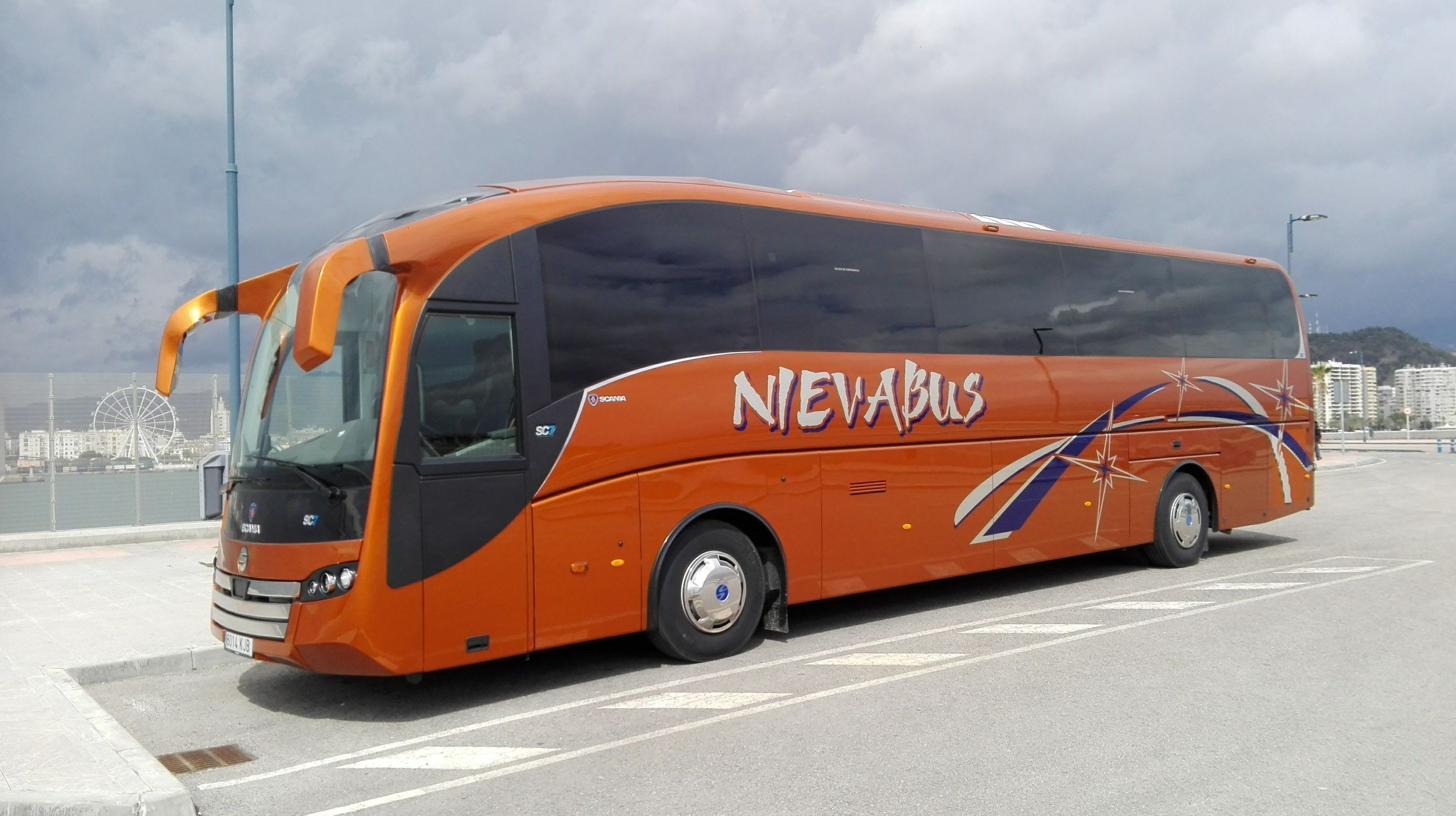 Foto 4 de Autocares y microbuses en  | Autocares y Microbuses Nievabus