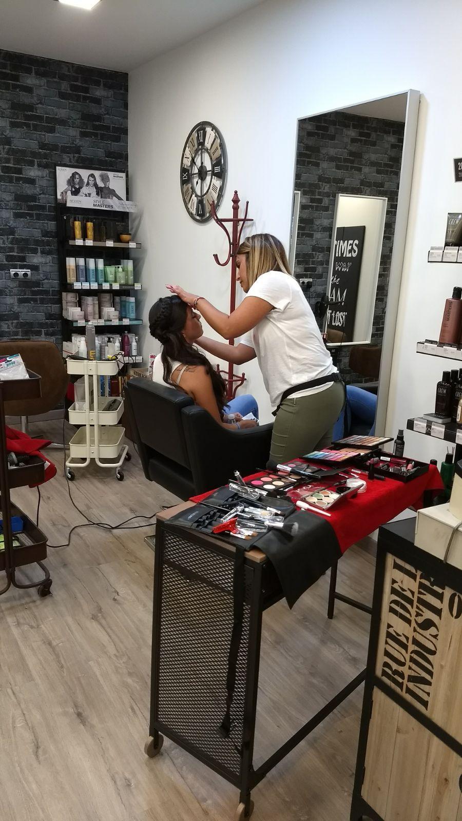 Maquillaje y depilación: Servicios de Marce Peluqueros