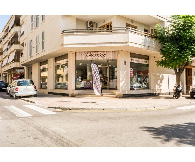 Fachada de la tienda en Pollença
