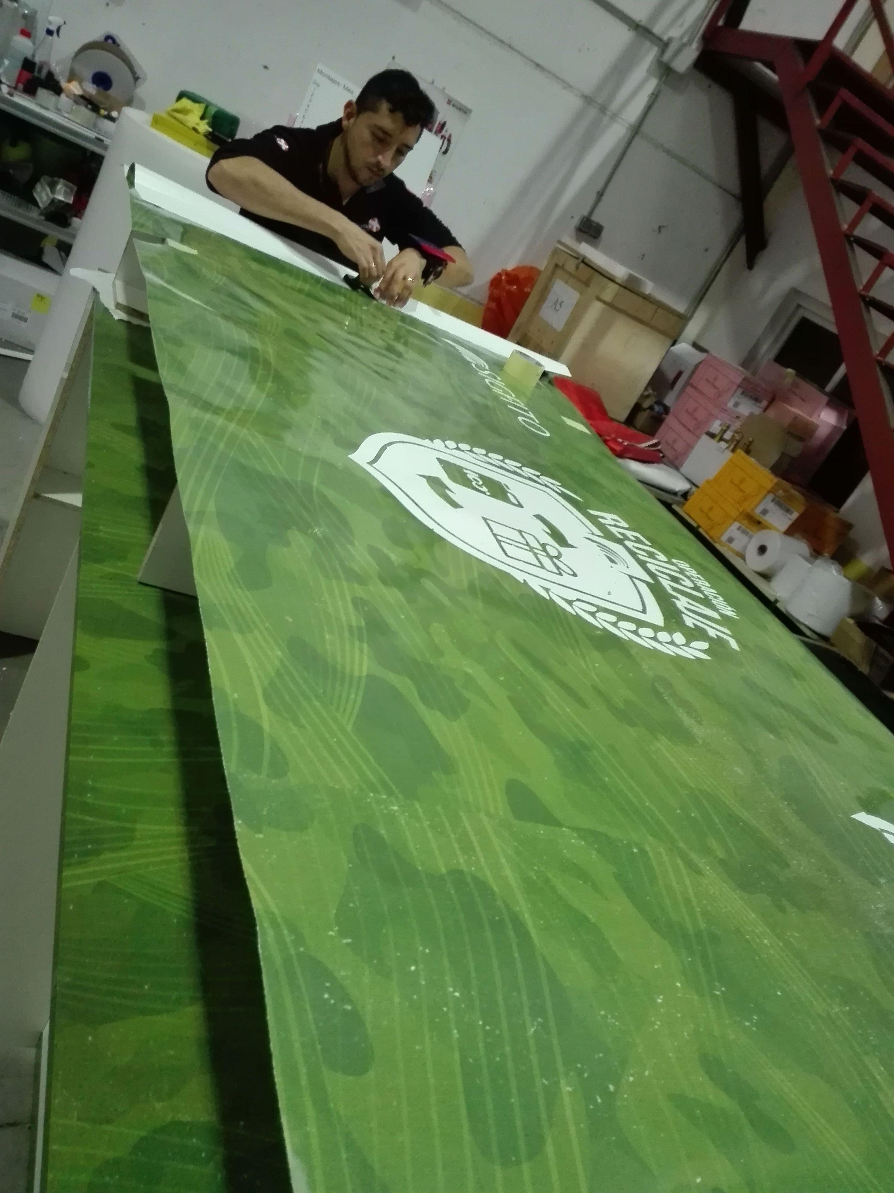 Fabricación y montaje para el stand de la empresa de reciclaje sigfito que está llevando a cabo su evento en Ifema Madrid.