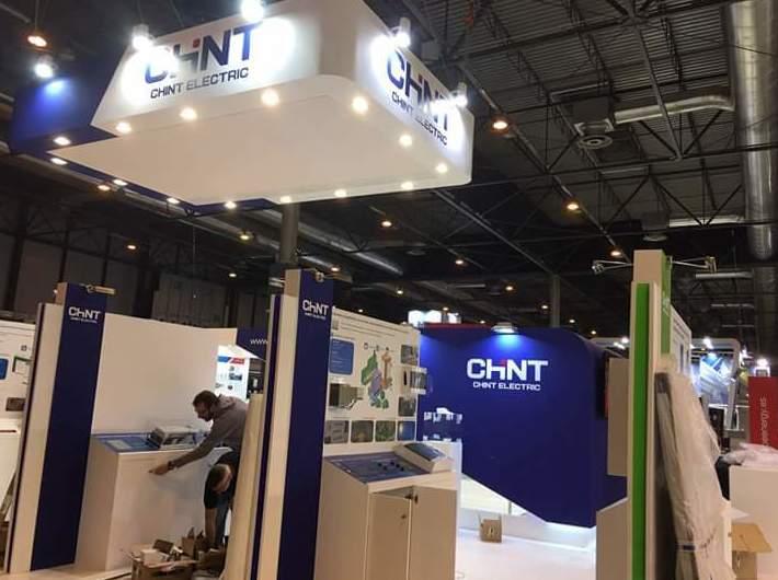 Aplicación de vinilo para los Stand, feria del poder & Building, Salón Internacional de Soluciones para la Industria eléctrica y electrónica, Ifema Feria de Madrid.