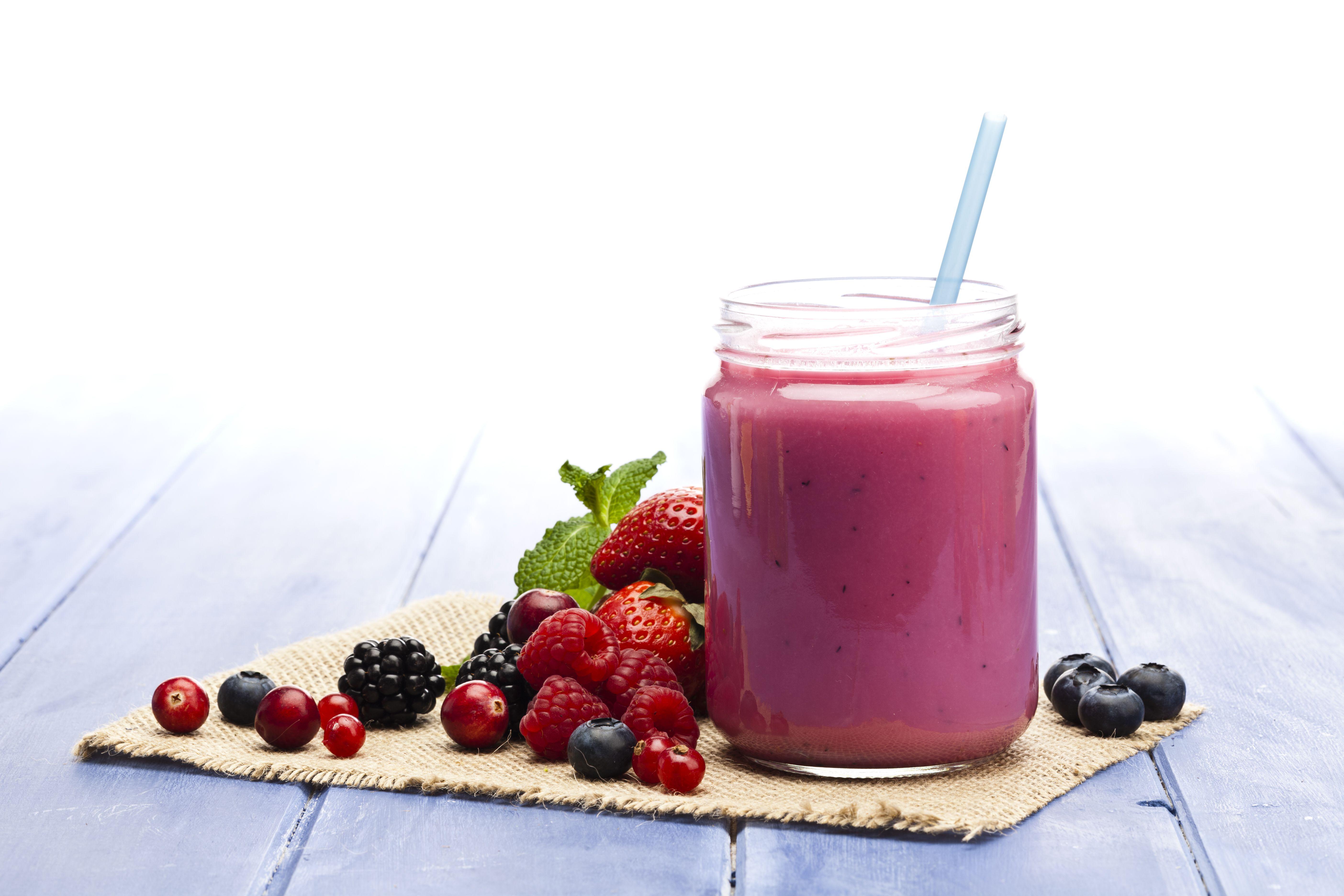 Gran variedad de zumos, smoothies y smoothies bowls