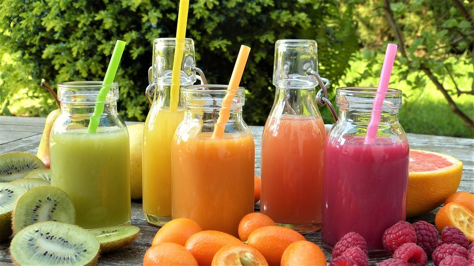 Smoothie (Matcha Mango): Carta de Kiwio Juice Bar