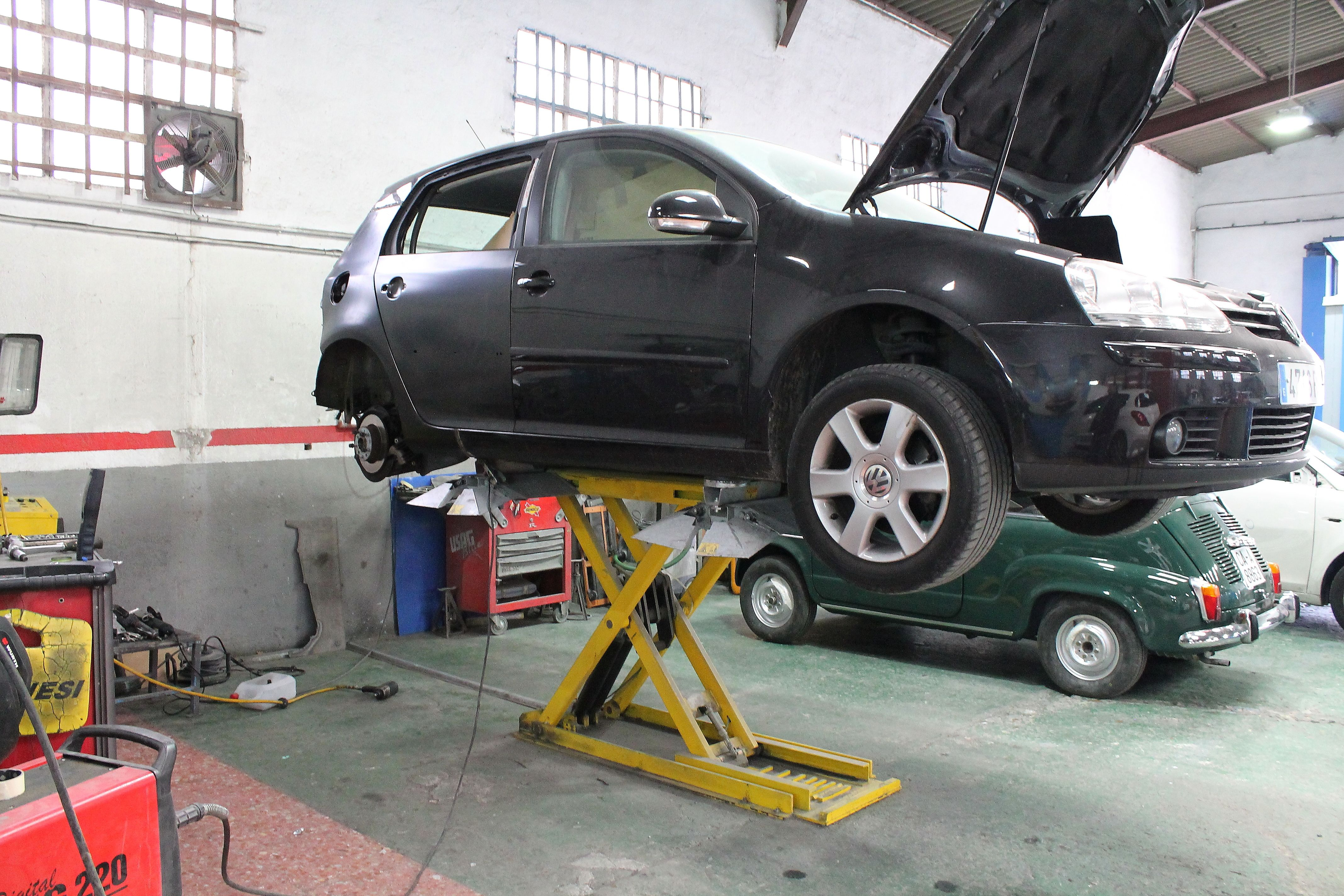 Taller de neumáticos en Parla