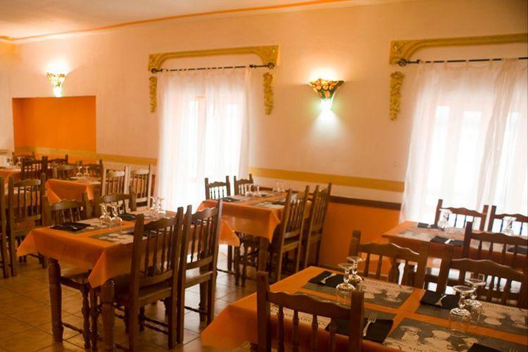Restaurante con comida casera