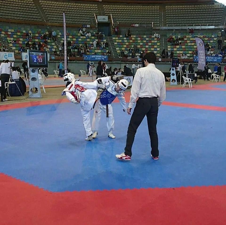 Taekwondo: Servicios de Centro Deportivo Luar