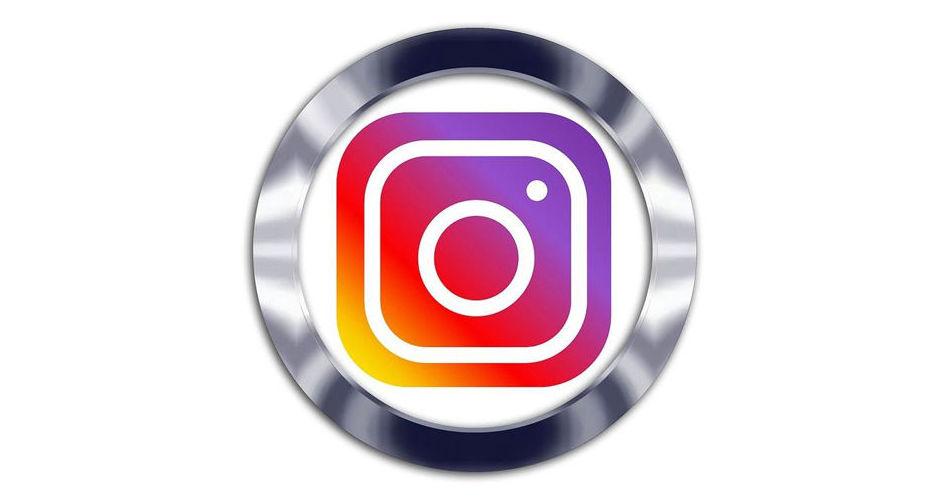 Instagram: javierruiz_peluquero