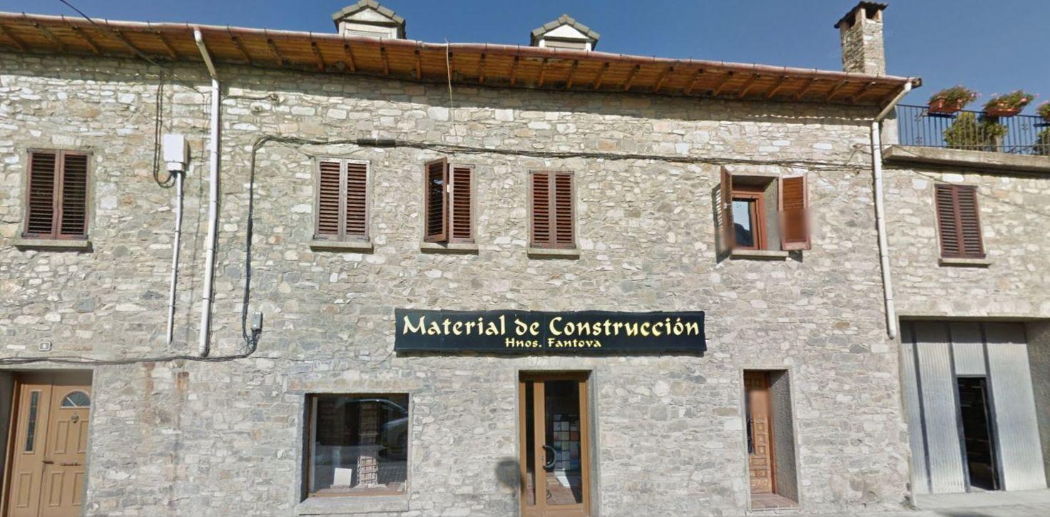 Foto 1 de Materiales de construcción en Aínsa-Sobrarbe | Hermanos Fantova Materiales de Construcción