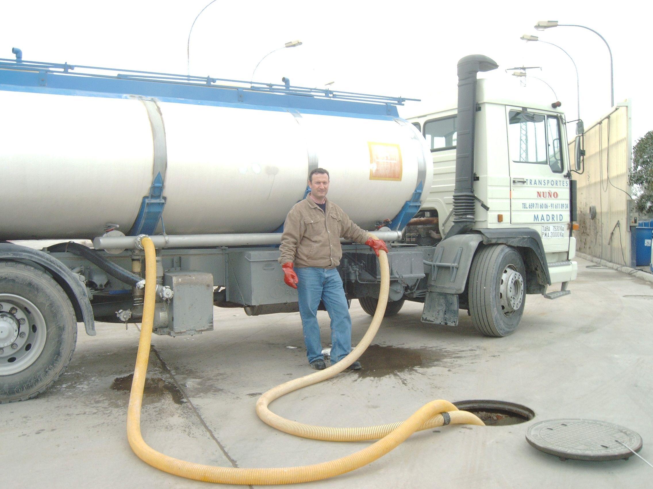 Foto 4 de Abastecimiento de agua en Alcorcón | Transportes Nuño