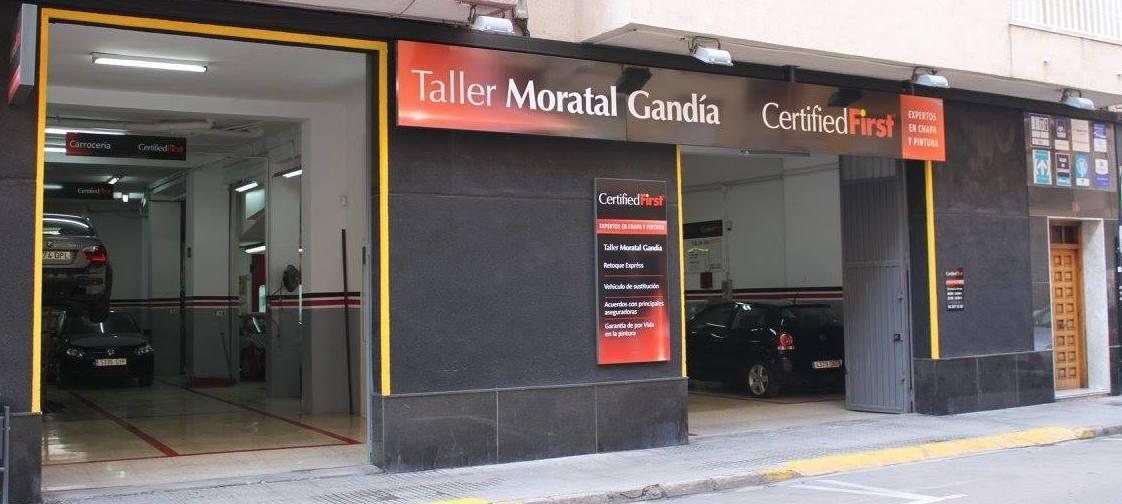 Foto 1 de Talleres de chapa y pintura en Gandia | Moratal Gandía Chapa y Pintura
