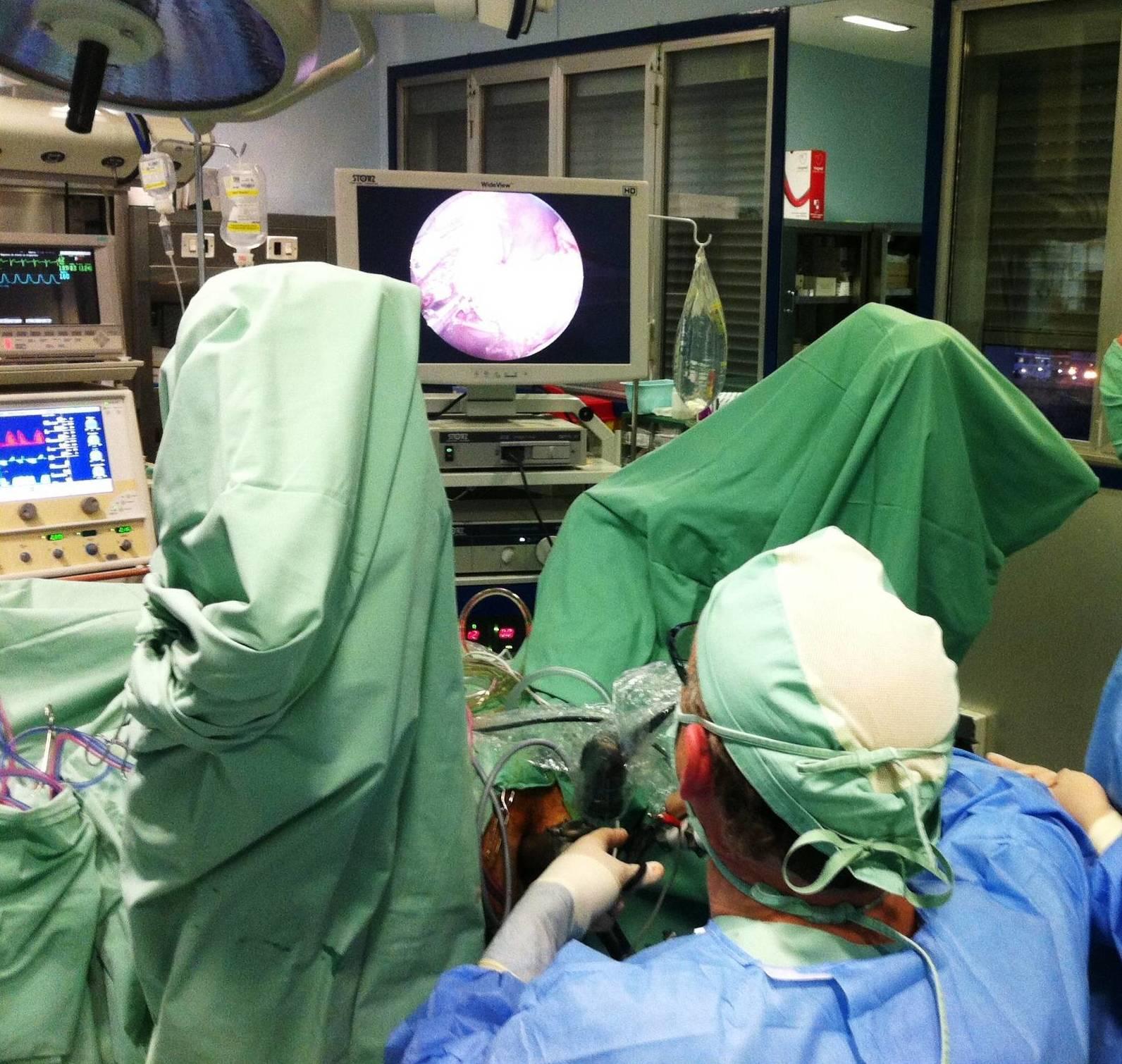 Cirugía Endoscópica Transanal Mínimamente Invasiva