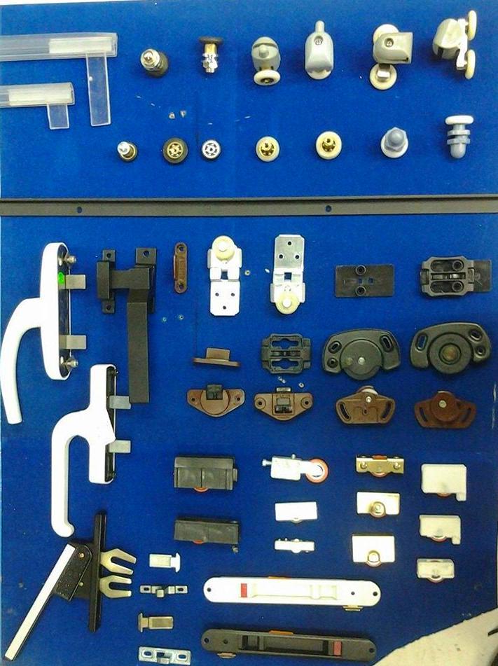 Accesorios mamparas y puertas ventanas aluminio for Accesorios mamparas