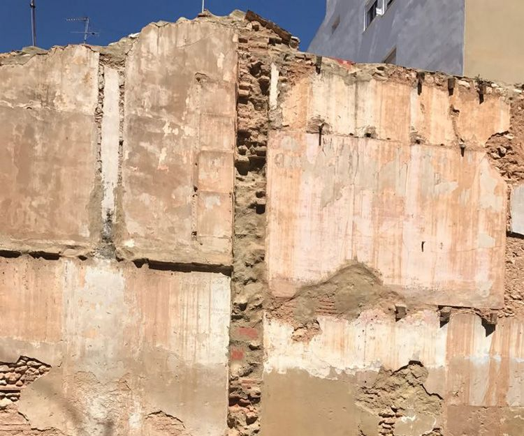 Trabajos de rehabilitación de fachadas en Valencia - Antes