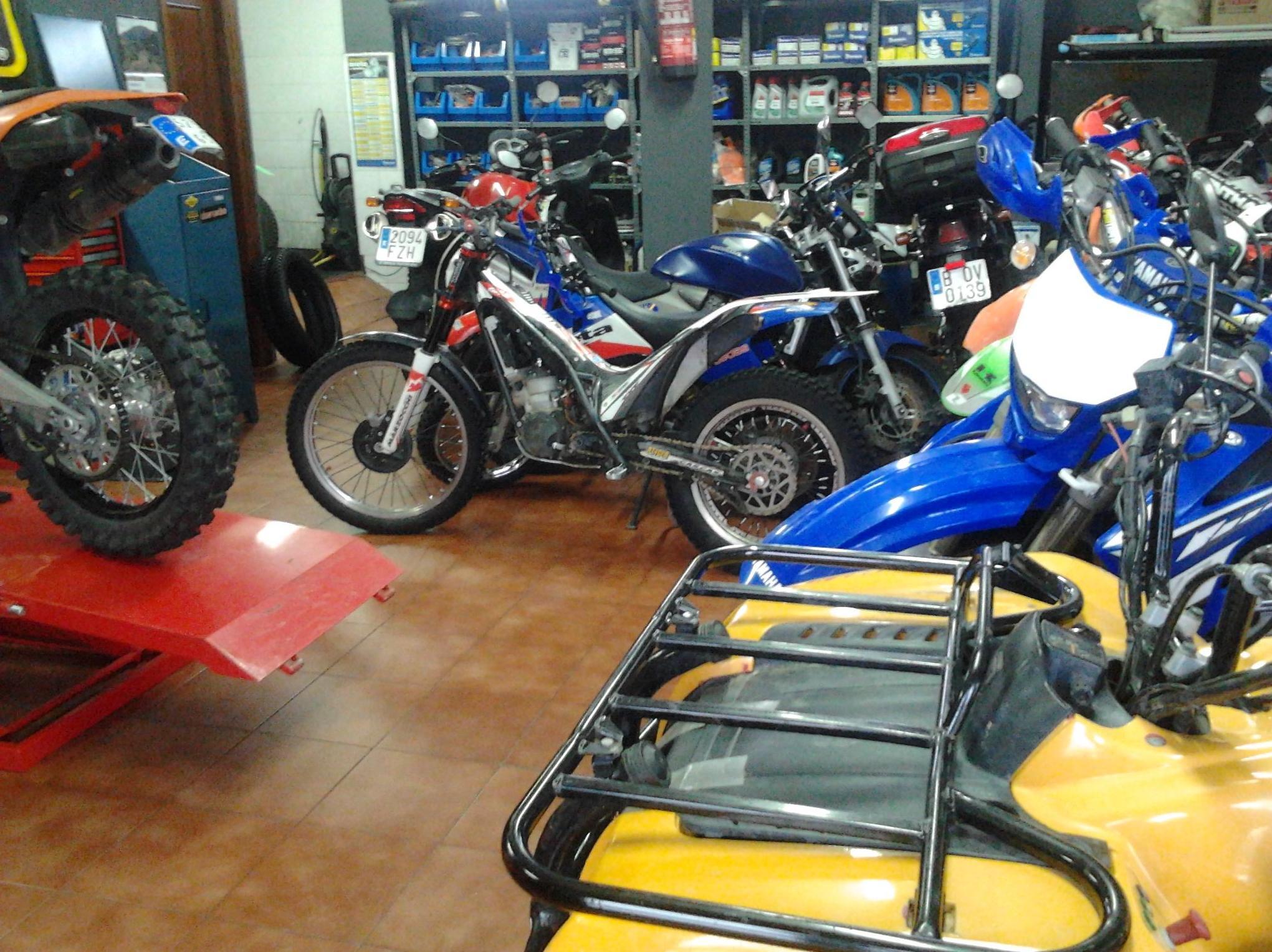 Taller de motos multimarca