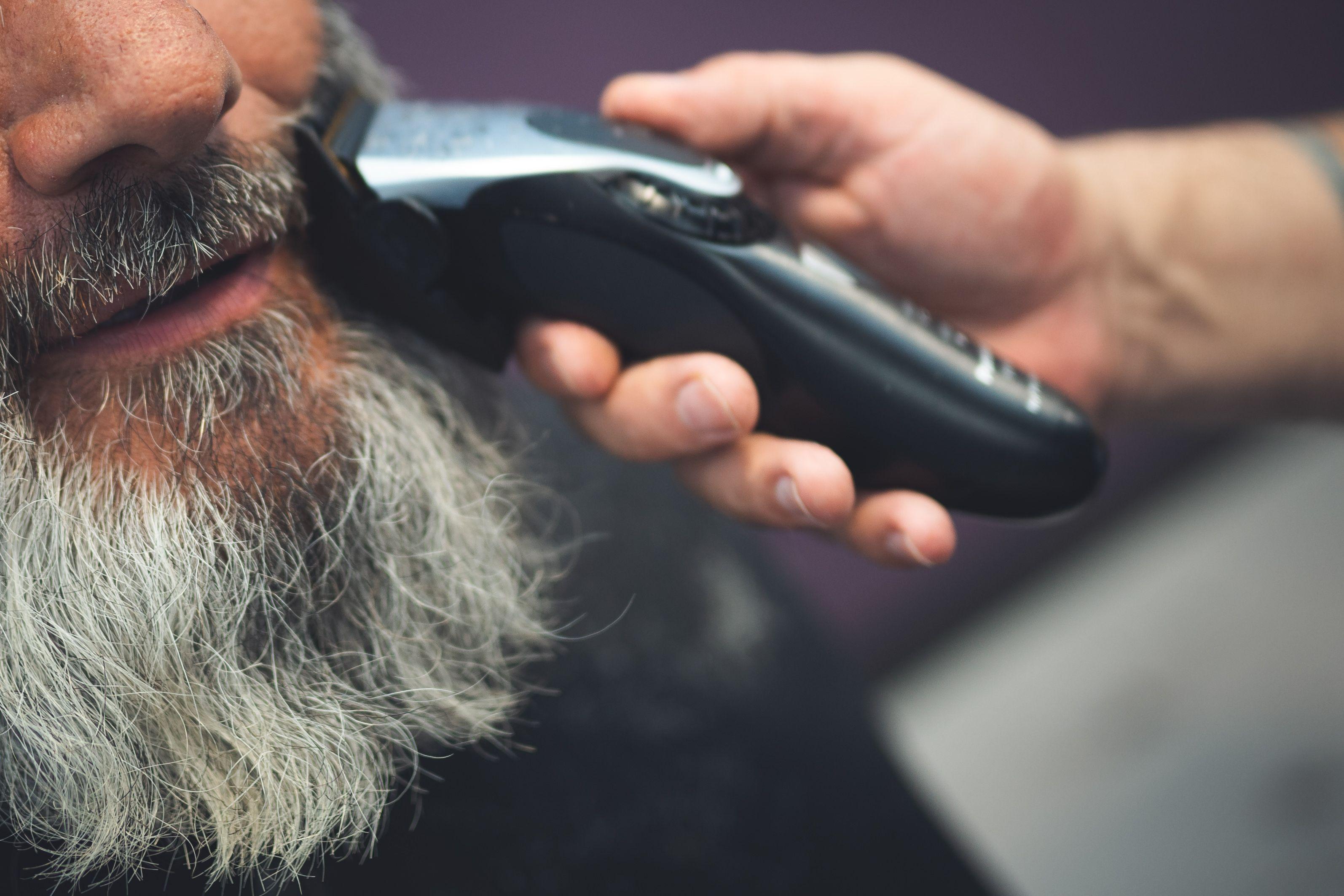 Arreglo de barba Peluquería Mikelo