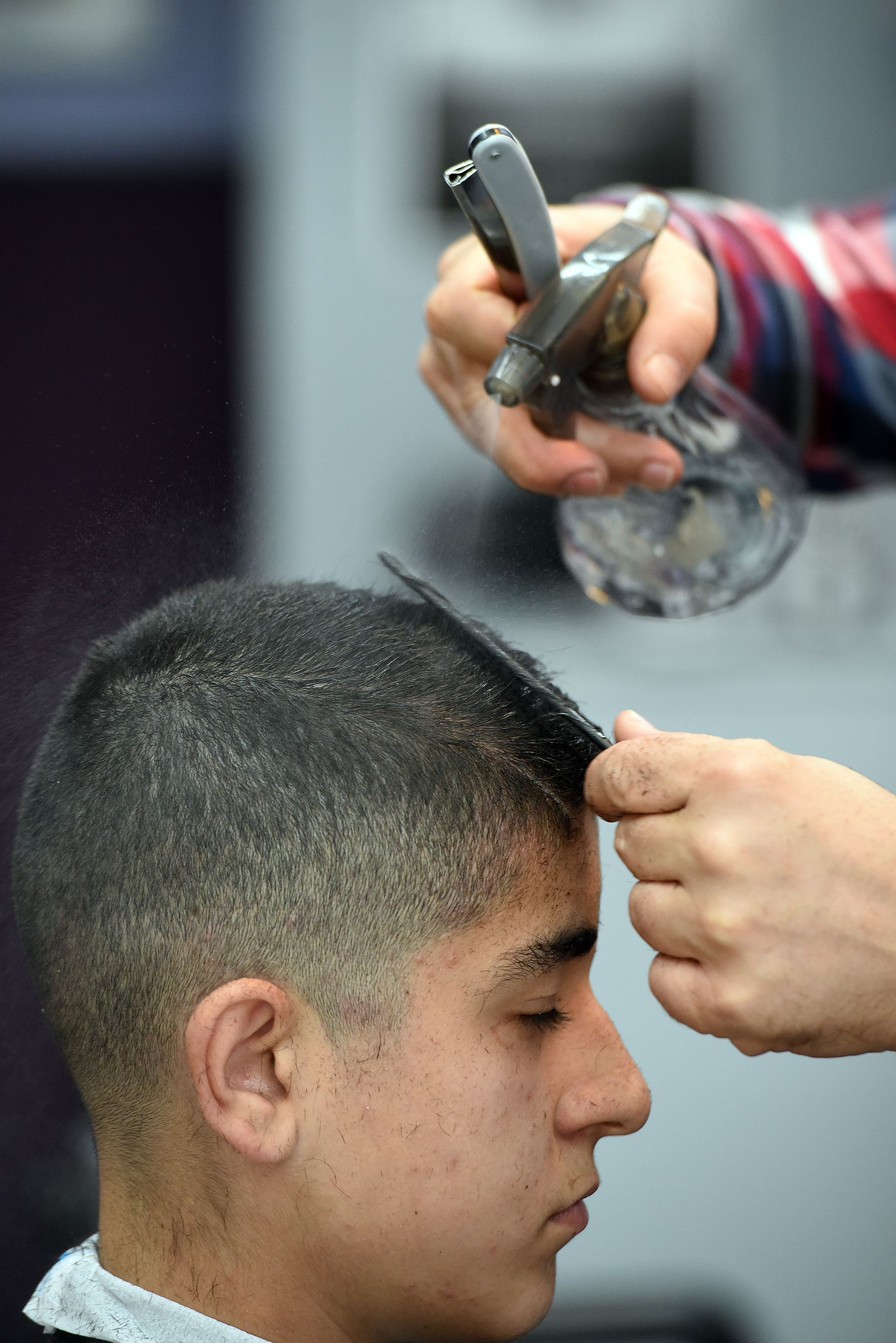 ¿Necesitas una peluquería de hombres en Avilés?