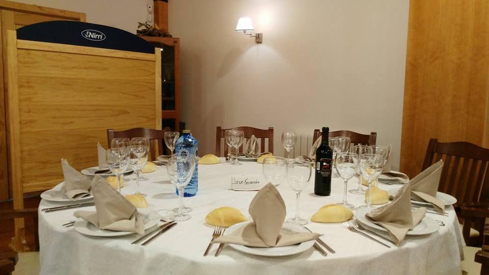 Ven a sentarte a la buena mesa