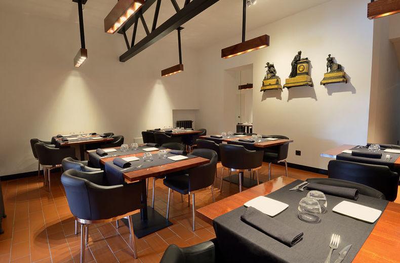 Restaurante con ambiente agradable