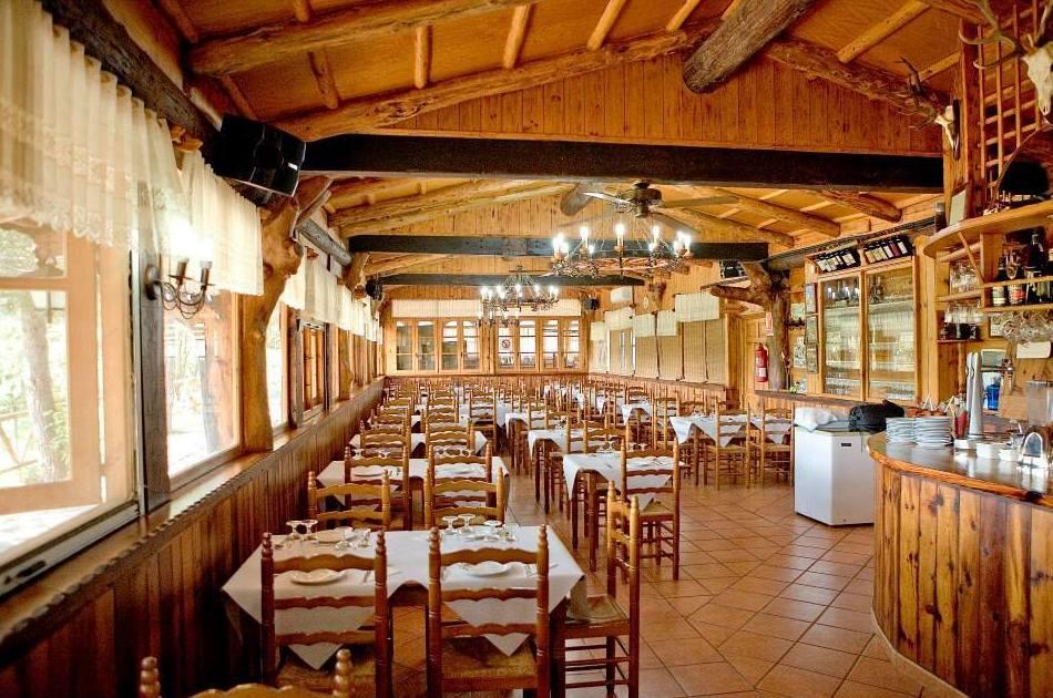 Comedor del restaurante, Camping Los Carasoles, Navalón, Enguera, Valencia
