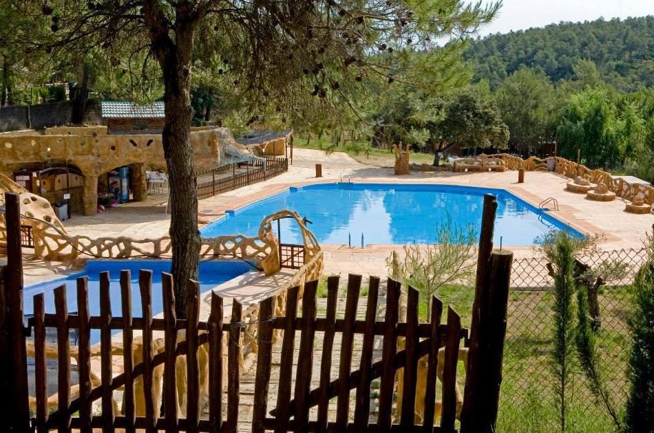 Los Carasoles, camping en Montes de Navalón, Valencia