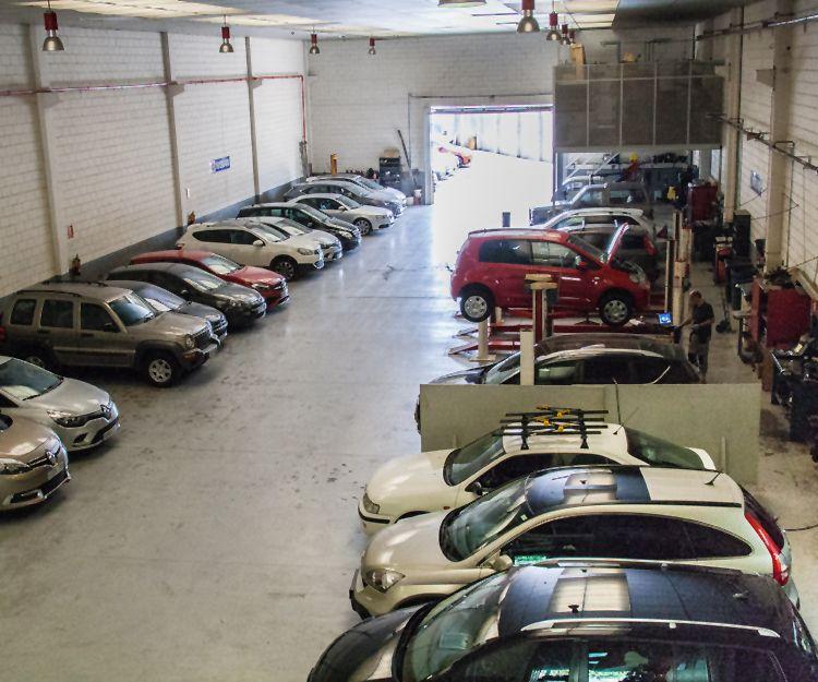 Taller especializado en vehículos industriales en Viladecans