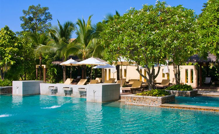 Jardinería y mantenimiento de piscinas en Ibiza