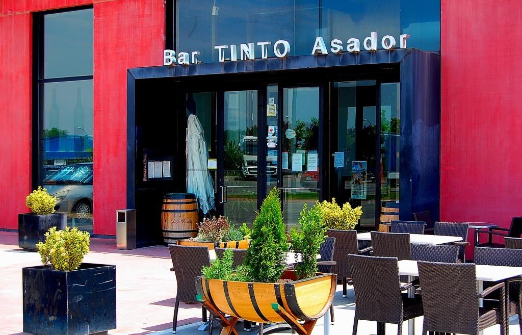 Gastro-Bar con terraza