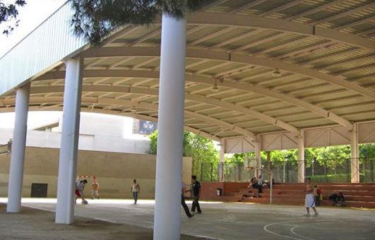 Estructura metálica del polideportivo de Esplugues de Llobregat