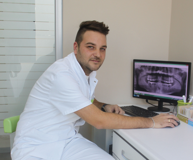 Foto 7 de Clínica dental en Vilanova i la Geltrú | Clínica Dental Sant Jordi