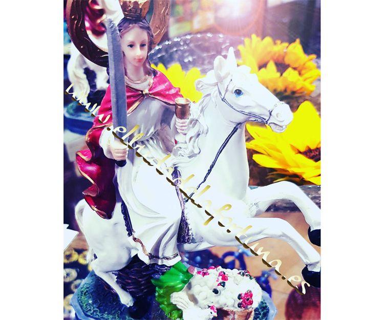 Imagen de Santa Bárbara a caballo en Las Palmas