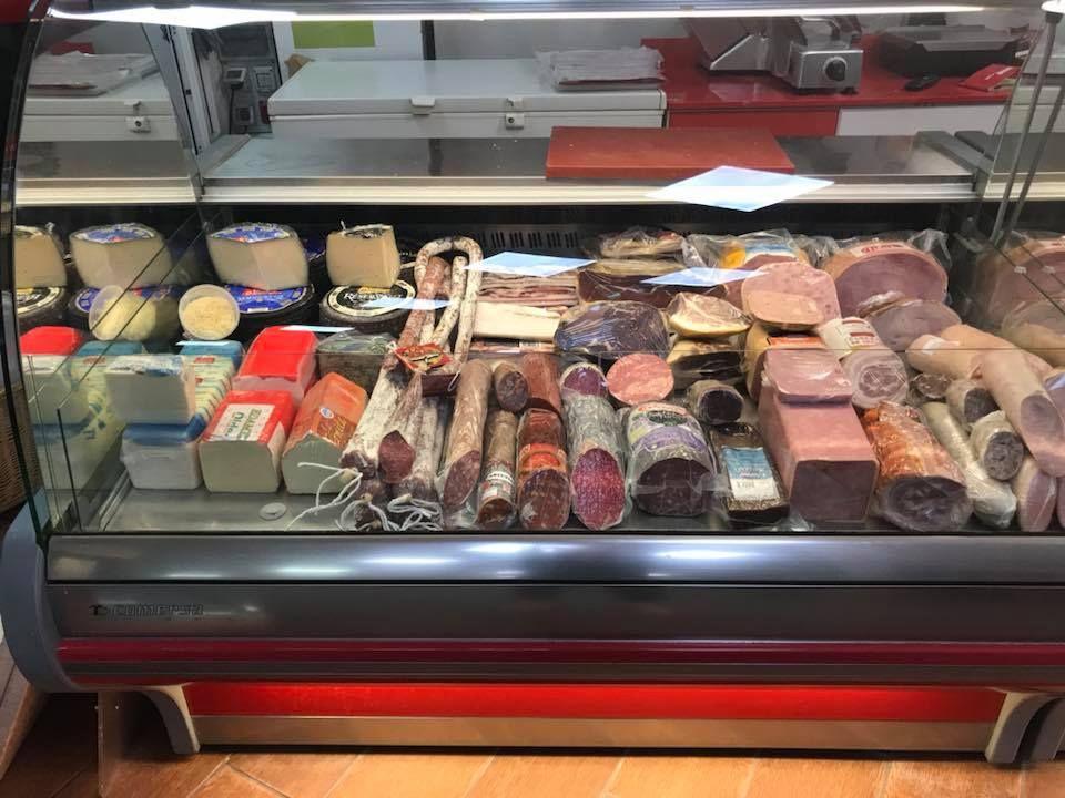Foto 23 de Carnicerías en Santa Bàrbara | Carns Albesa