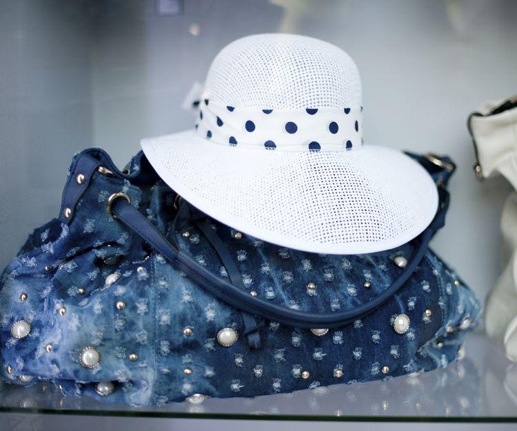 Bolsos y sombreros en Mallorca