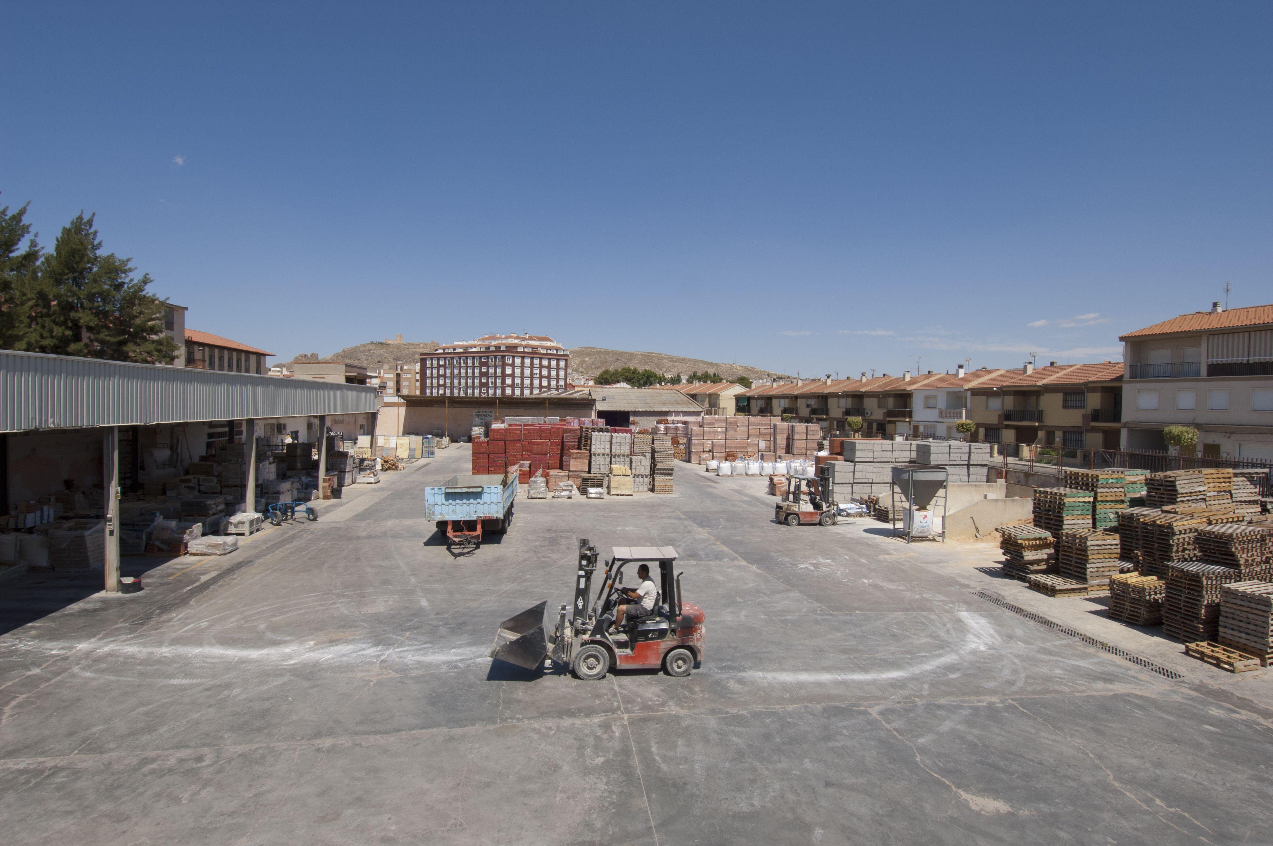 Materiales de construcción: Productos y servicios de Codesur Sanimar