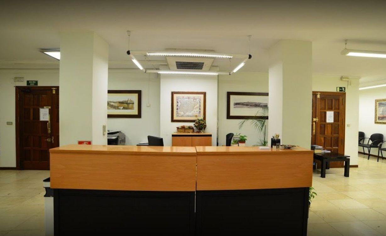 Relaciones personales y familiares:: Servicios de Notario Julián Martínez Pantoja