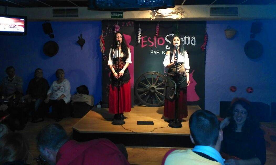 Foto 129 de Karaokes en Coslada | Esto Suena Bar Karaoke