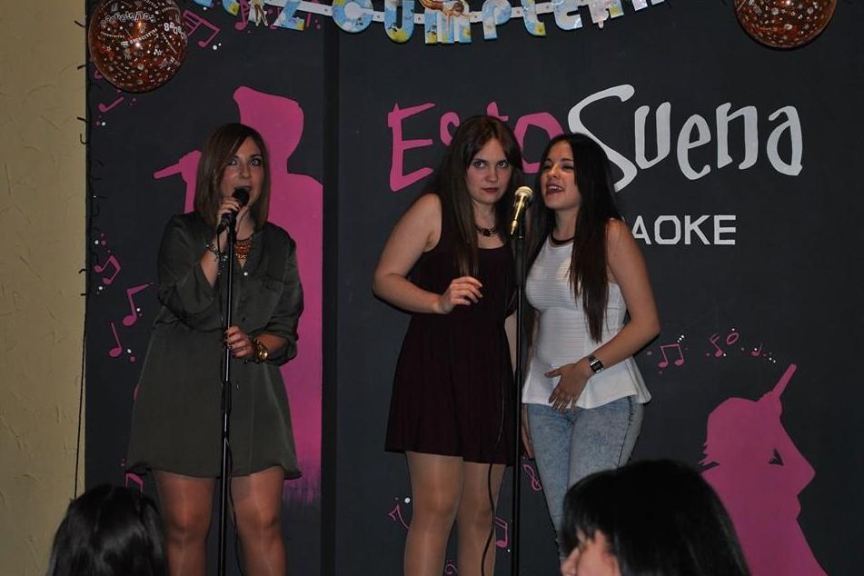 Foto 235 de Karaokes en Coslada | Esto Suena Bar Karaoke