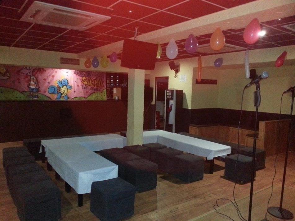 Foto 11 de Karaokes en Coslada | Esto Suena Bar Karaoke