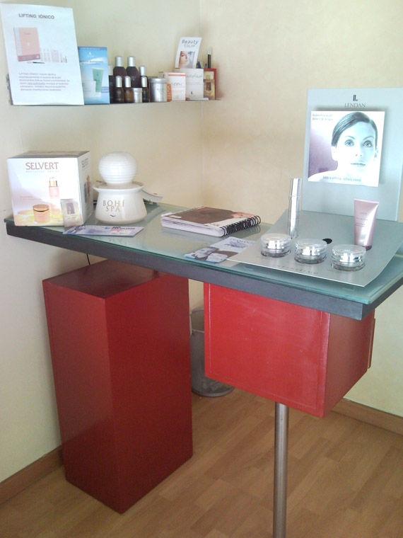 Foto 15 de Centros de estética en Cádiz | Rosana Montiano - Salón de Belleza
