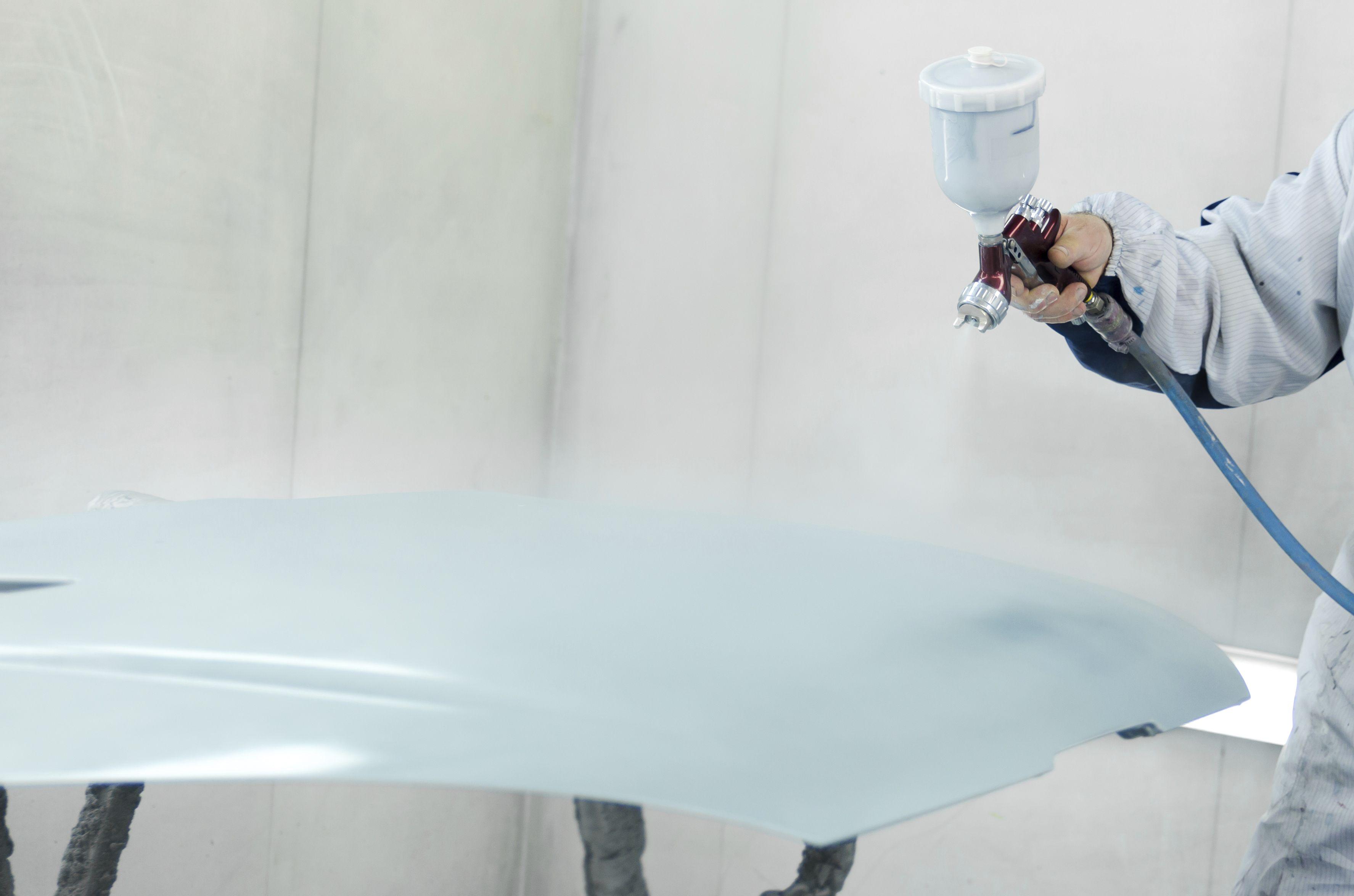 Chapa y pintura: SERVICIOS de Autocarrocerías Retuerto