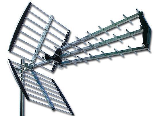 ANTENA UHF TRIPLEX OSTA PLEGABLE UHF 43 ELEM. 18 d