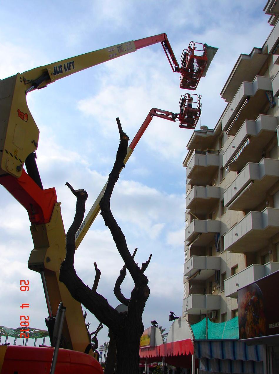 brazos articulados de 26 metros