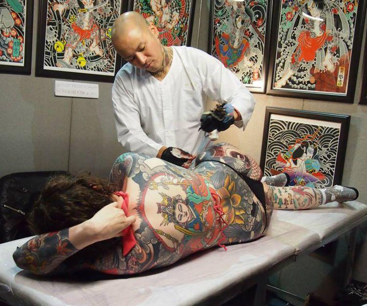 Suministros para tatuajes en Cataluña