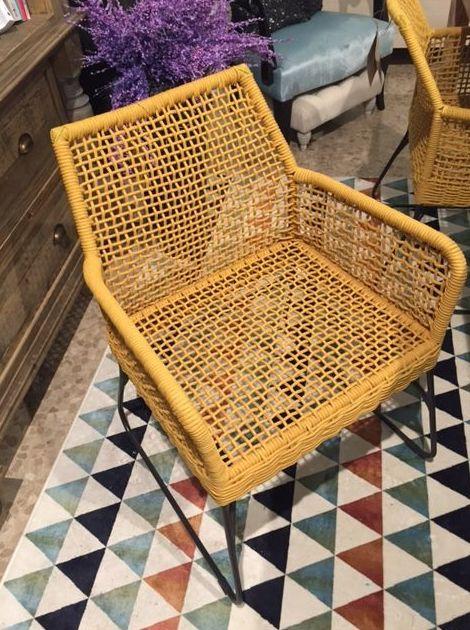 Muebles rusticos en Cardona