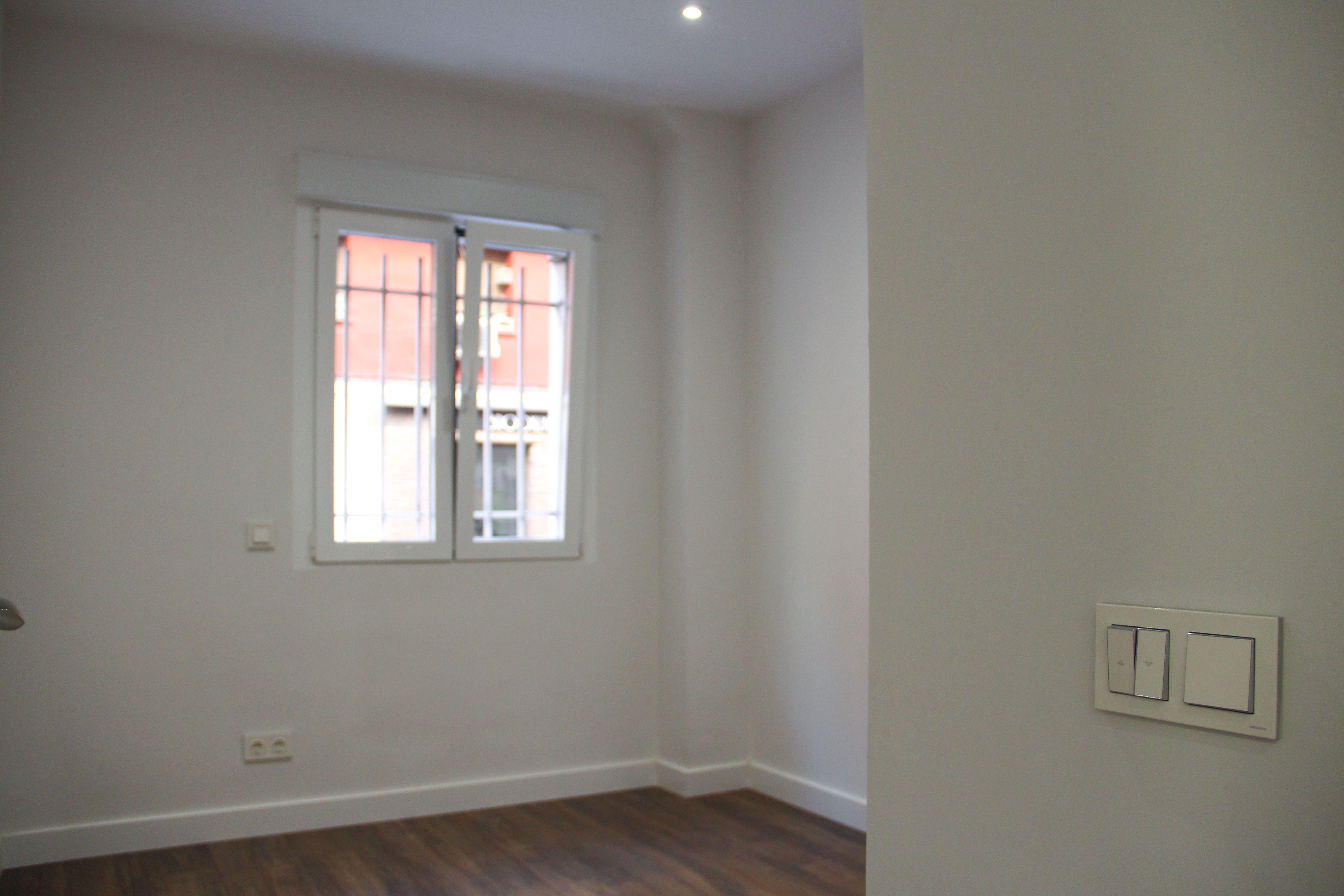 Habitación piso Obras y Promociones Sande, S.L.