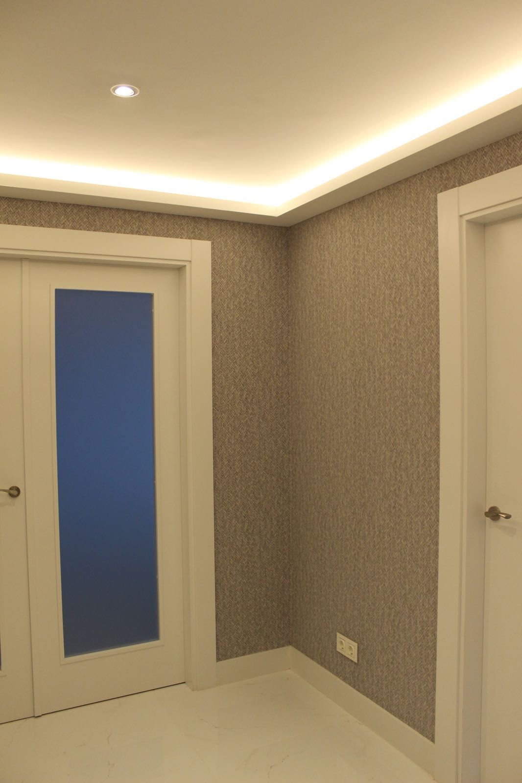 Fabricación e instalación de puertas de interior