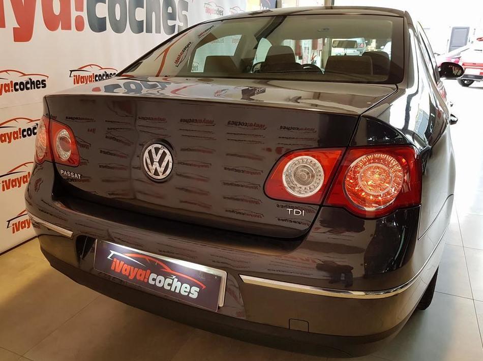 VW PASSAT 1.6 TDI 105CV: Coches de ocasión  de VAYA COCHES SL